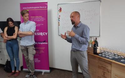 Degustacja win w języku angielskim – u nas to możliwe! Drzwi Otwarte w Szybki Angielski Toruń